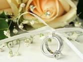 婚約指輪と一緒に贈りたい! プロポーズにオススメの花5選