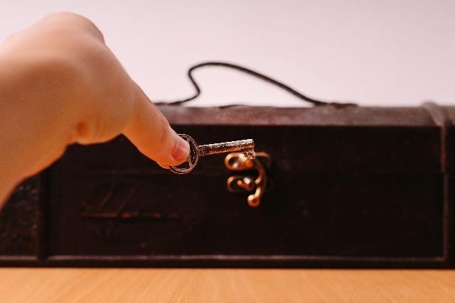 婚約指輪をさがせ!? 宝探しサプライズプロポーズのイメージ