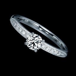婚約指輪「CENDRILLON」