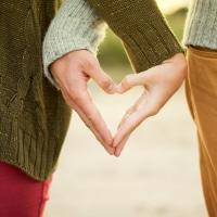 愛を感じる瞬間は男女によって違うもの!? 夫婦円満のコツとはのイメージ
