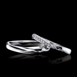 結婚指輪「Lumieretour」