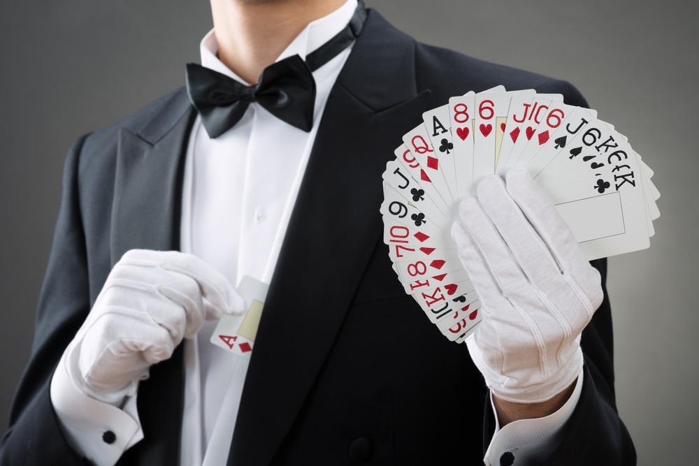 マジックをしながらサプライズプロポーズ!のイメージ