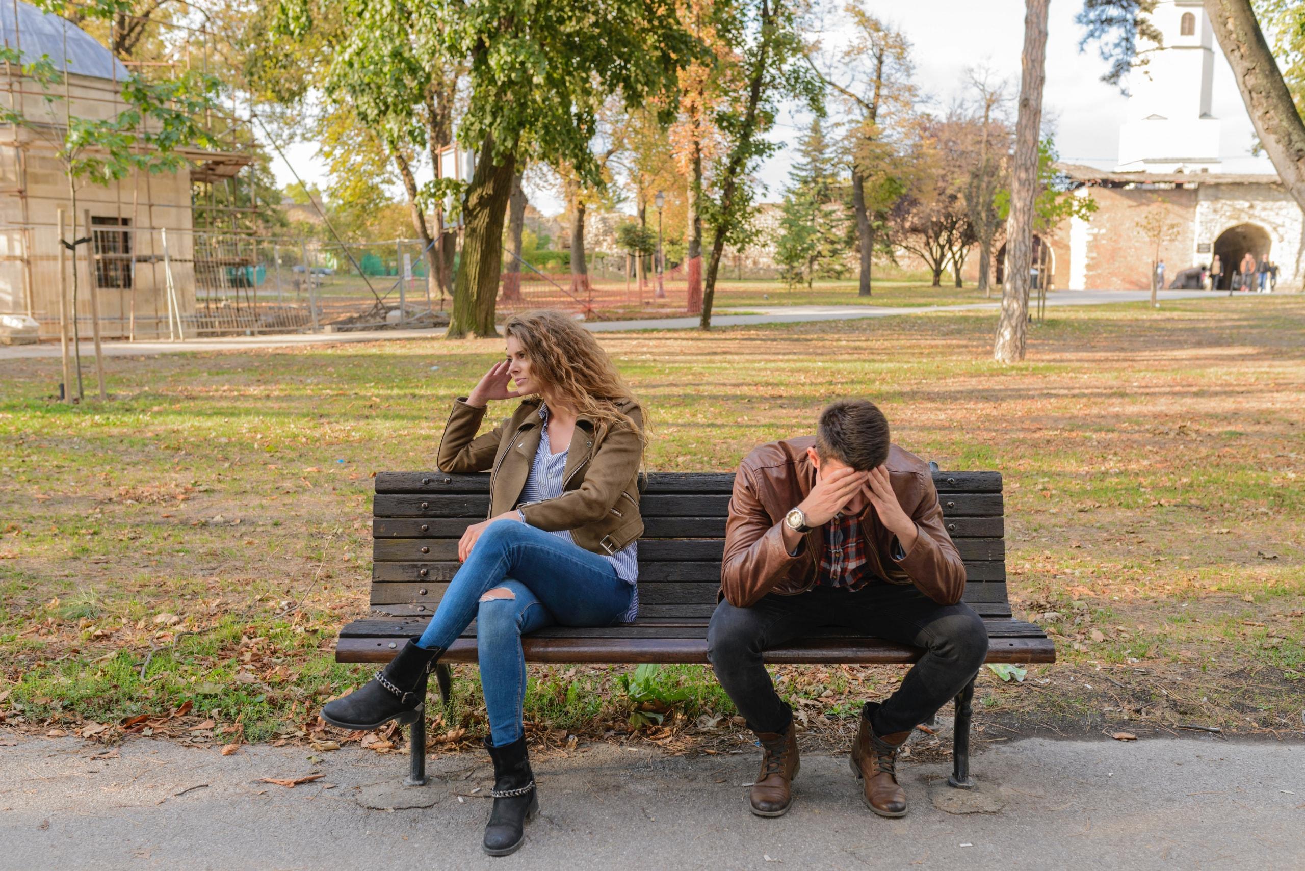 やっぱりやっておくべきだった! 結婚後に感じる後悔・不満のイメージ