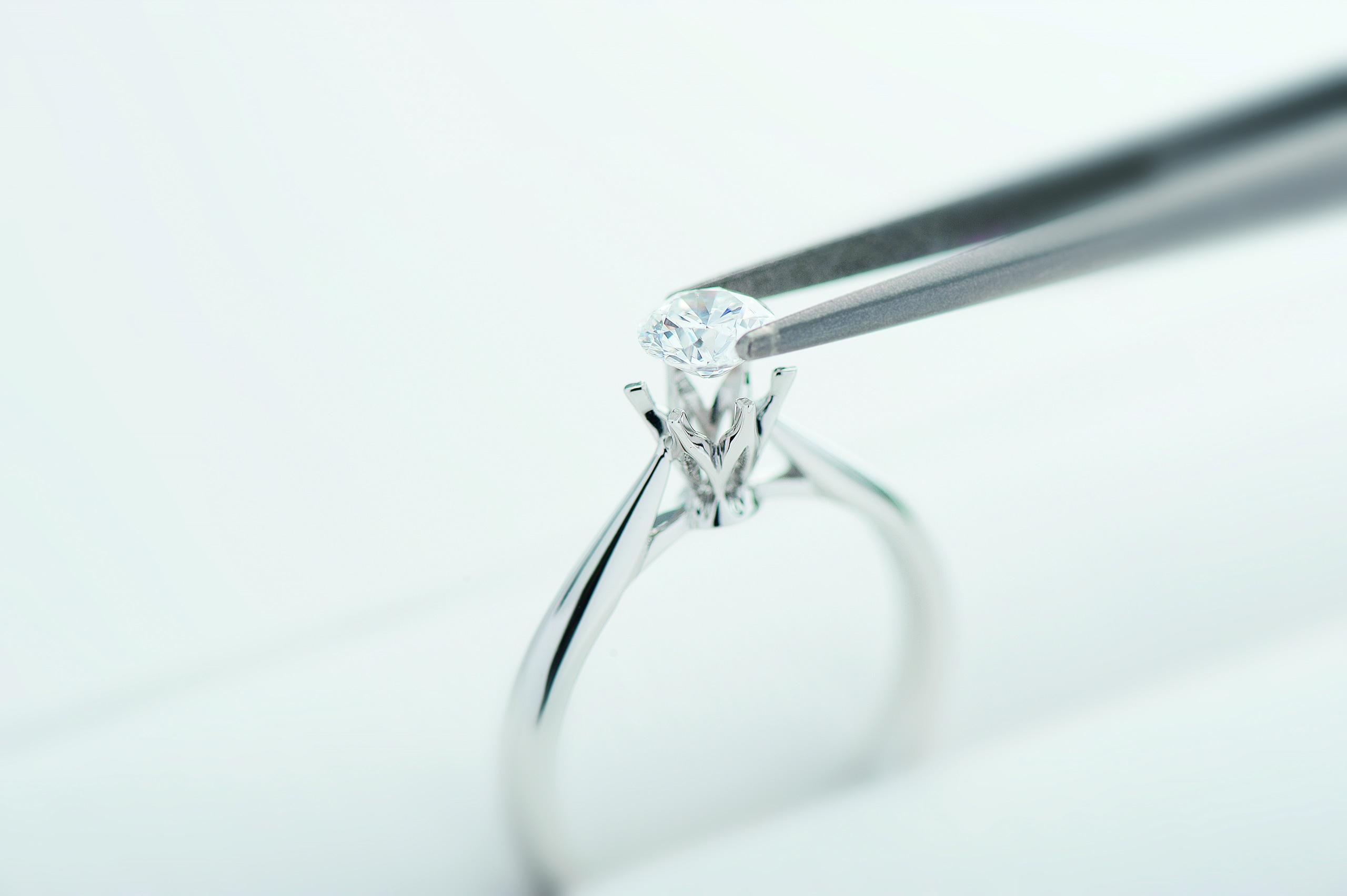 オーダーメイドの婚約指輪の場合のイメージ