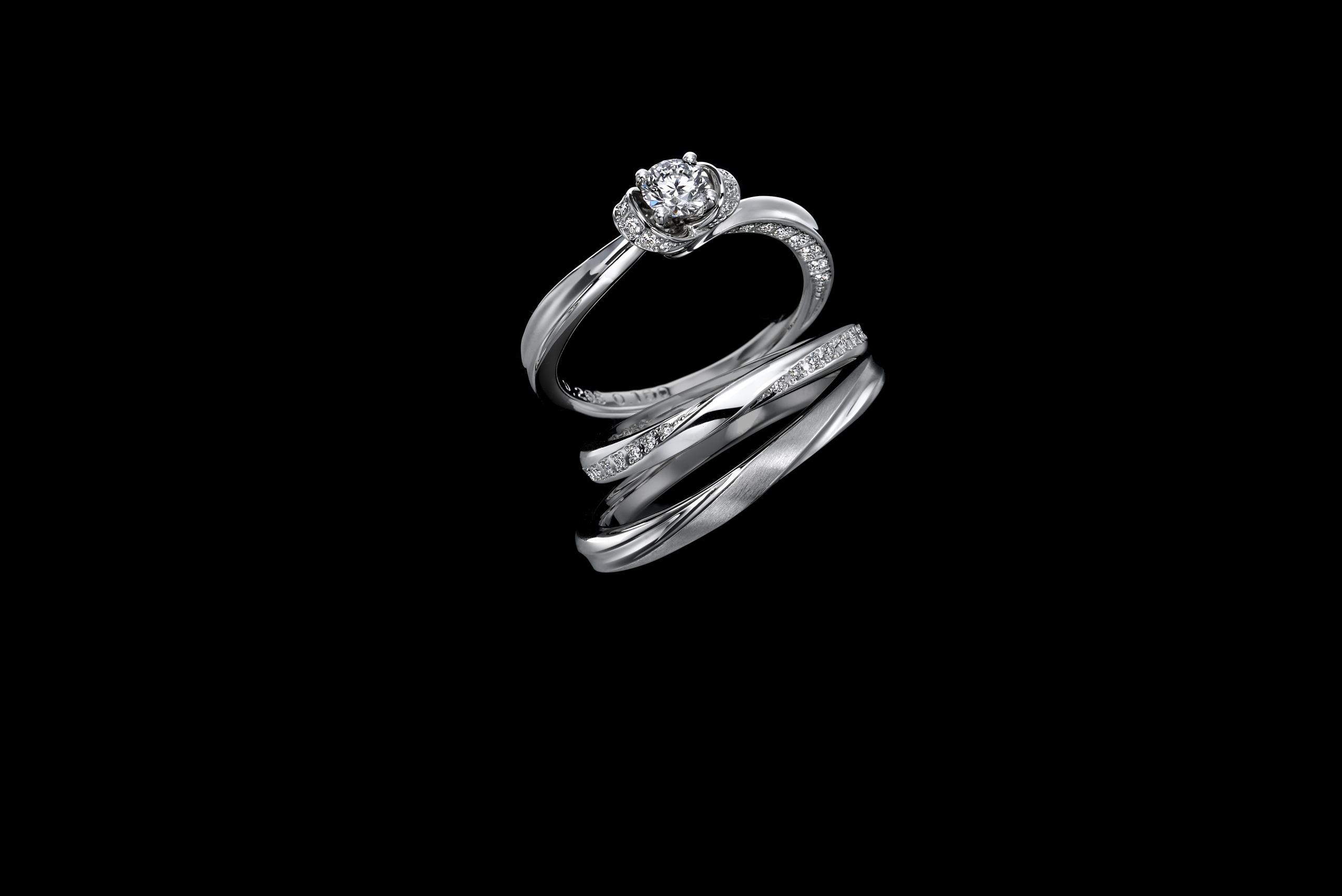 ゴージャスな見た目に惹かれる女性多数「メレダイヤ」つき婚約指輪のイメージ