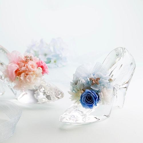 新作のガラスの靴をモチーフにデザインされたもの。のイメージ