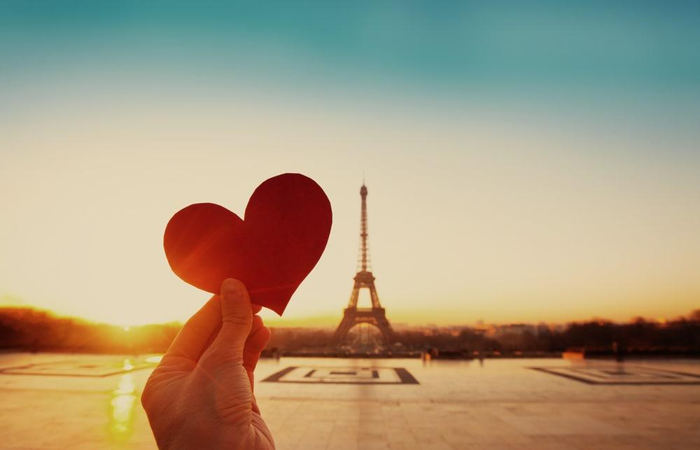 ロマンチックが止まらない!海外のカッコいいプロポーズ4選のイメージ