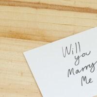 彼女への気持ちを形に! 手紙でのプロポーズのポイントのイメージ