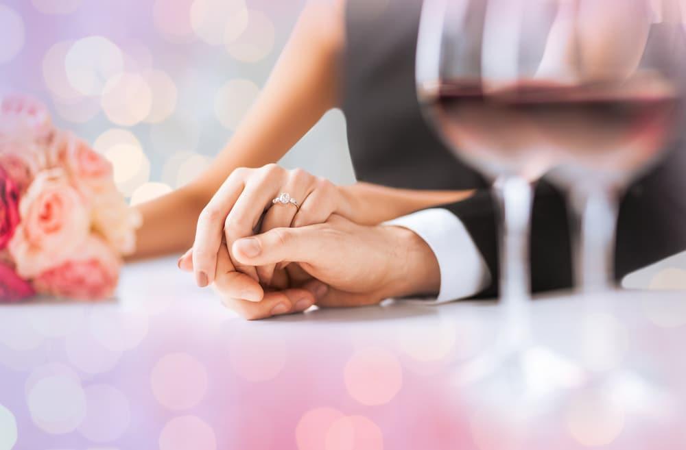 プロポーズの言葉と同時に渡そう!のイメージ